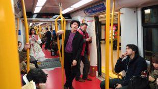 La 'Complu' lleva el teatro a trenes y estaciones de Metro