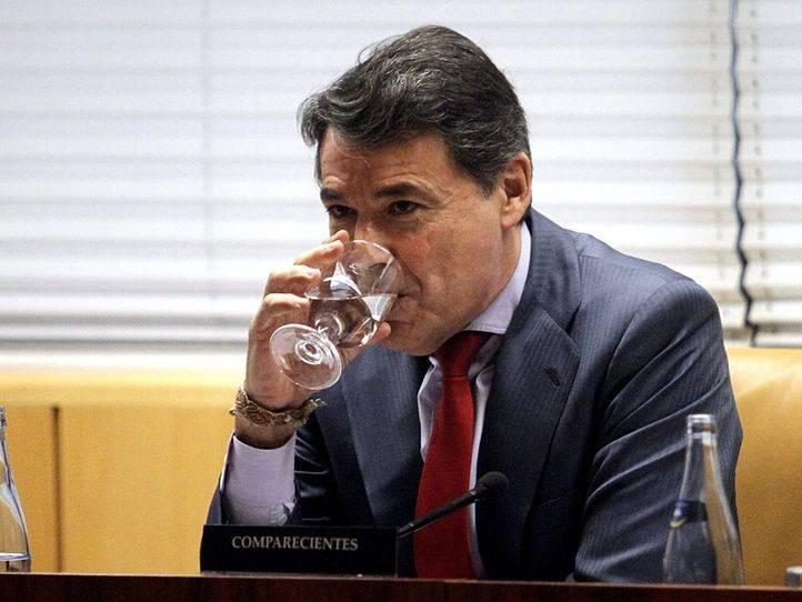 Ignacio González ya tiene celda: diez metros cuadrados y baño propio