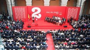 FOTOS| Así lucen las medallas los premiados por la Comunidad de Madrid