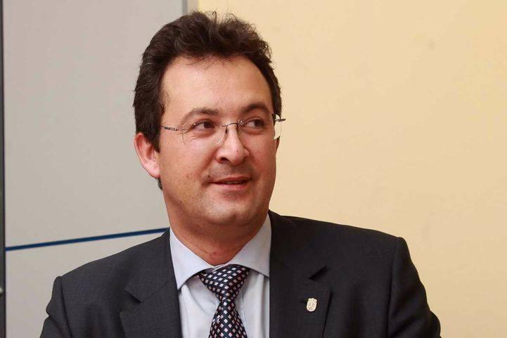 Jesús Gómez afirma que un expolicía espió a Cifuentes por orden de González