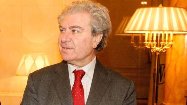 El exministro César Antonio Molina abandona la dirección de la Casa del Lector