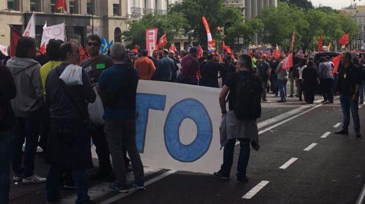 Los trabajadores de Zardoya Otis se manifiestan para exigir mejoras en sus contratos