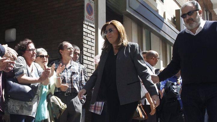 Susana Díaz se lleva la batalla de los avales en Madrid pero Sánchez se queda cerca