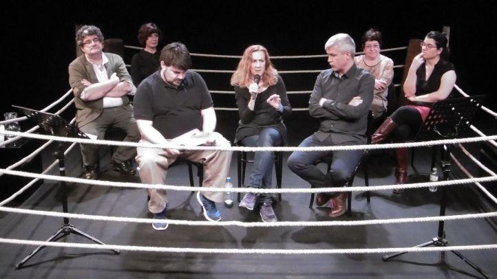 Presentación del primer torneo de dramaturgia en la sala Margarita Xirgu.