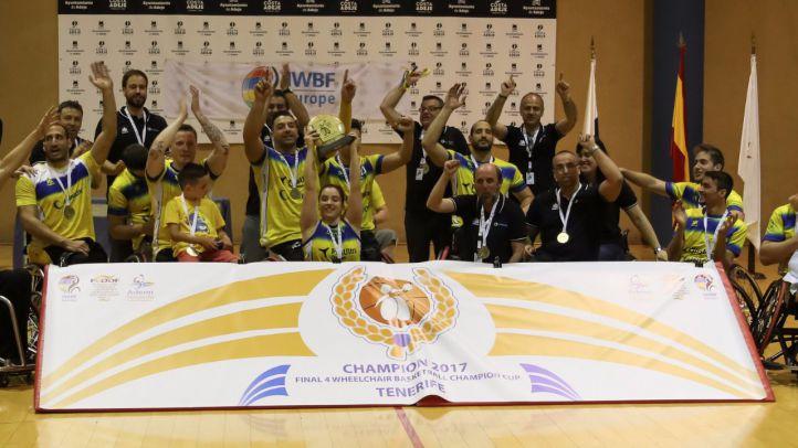 El equipo logra la victoria en Tenerife