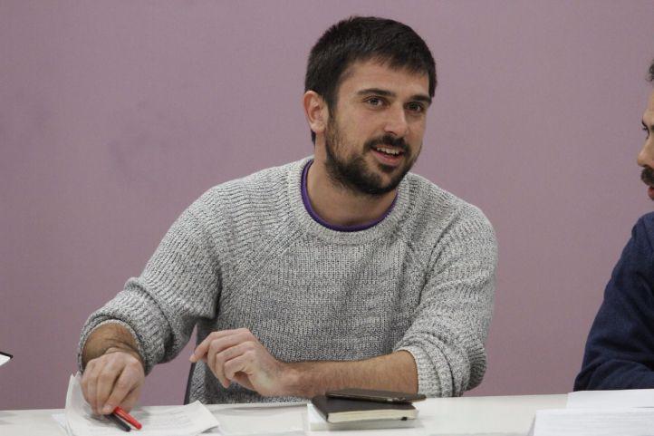 Podemos prepara su moción de censura contra Cifuentes e inicia una ronda de contactos con PSOE y C's