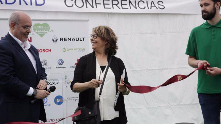 Sabanés pide obligar a los coches a mostrar su etiqueta medioambiental