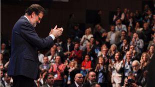El PP se sitúa a la cabeza y el PSOE recupera la segunda posición