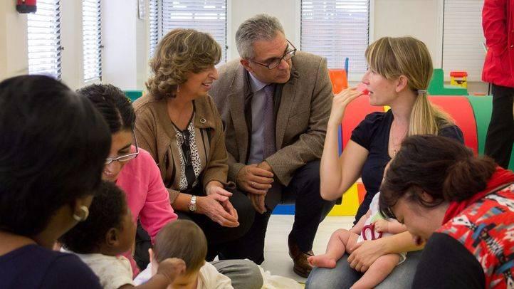 La Comunidad impulsa un programa de inserción laboral para madres en riesgo de exclusión