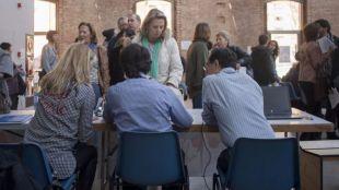 Una pregonera en Barajas y mejor movilidad durante la Feria del Libro, las propuestas de los Foros Locales