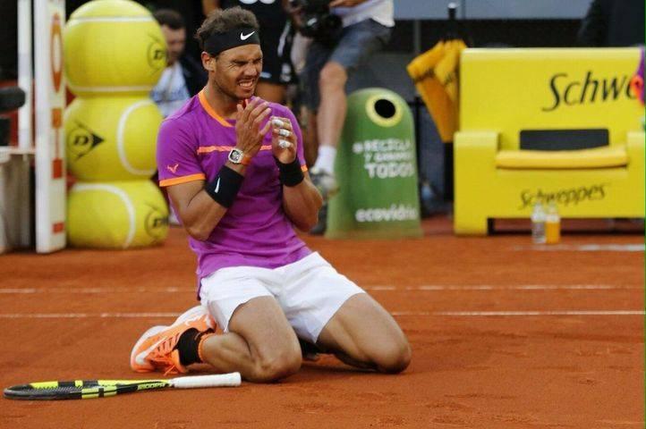 Nadal celebra su nueva victoria en la tierra batida madrileña