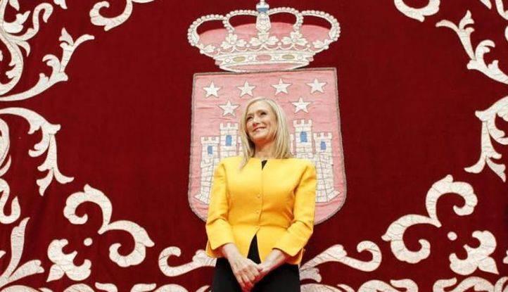 Cifuentes promete el cargo de presidenta de la Comunidad