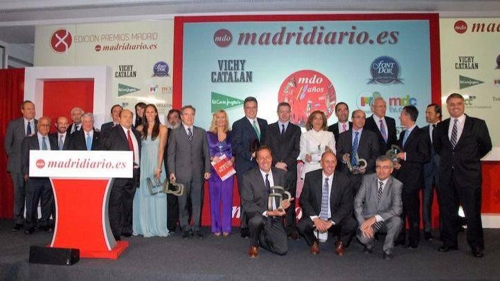 Foto de familia de los premiados en la X edición de los Premios Madrid