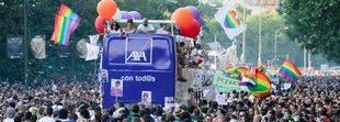 65 líneas de la EMT modificarán sus rutas este sábado por la manifestación del Orgullo Gay