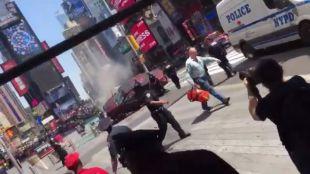 Al menos un muerto por el atropello de un grupo de peatones en Times Square