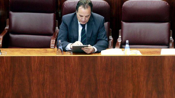 Podemos y PSOE piden el cese de González Taboada por