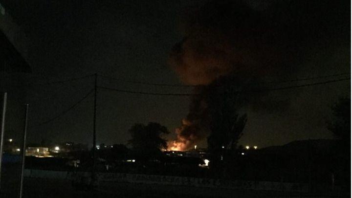 Controlado el incendio de la A-3 por los bomberos municipales