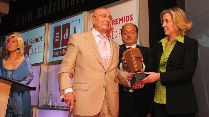 Toni Leblanc recoge el Premio Madrid Toda una Vida en la III edición de los galardones de Madridiario