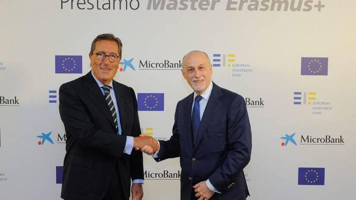 Antonio Vila, presidente de MicroBank, y Pier Luigi Gilibert, director ejecutivo del FEI, durante la presentación del acuerdo entre MicroBank y el FEI
