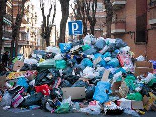 Amenza de huelga en los servicios de recogida de basura de Madrid