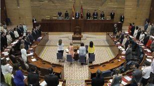 La Asamblea aprueba una comisión sobre la deuda en la primera votación que pierde el PP en 20 años