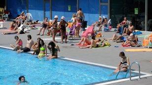 La Comunidad inspecciona las piscinas de la región para velar por las buenas condiciones higiénico-sanitarias