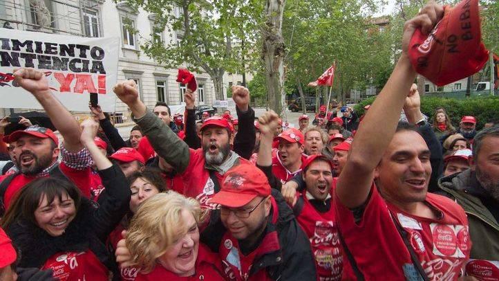 Trabajadores de Coca-Cola celebran la nulidad del ERE
