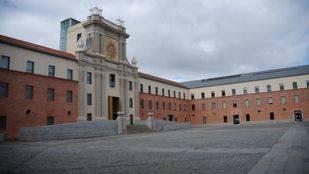 El Ayuntamiento crea una comisión para rehabilitar el Centro Conde Duque