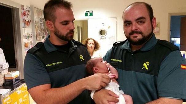 El bebé de Mejorada está ya con una familia de urgencia