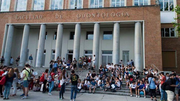 Las universidades madrileñas recomiendan optar por el pago fraccionado ante el contexto de bajada de tasas del 10%