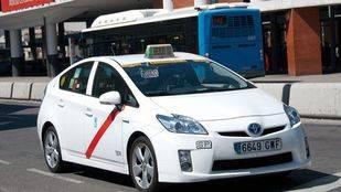 La Asociación Gremial de Auto-Taxi pide a Carmena