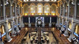 Salon o parquet de la Bolsa de Madrid visto desde arriba
