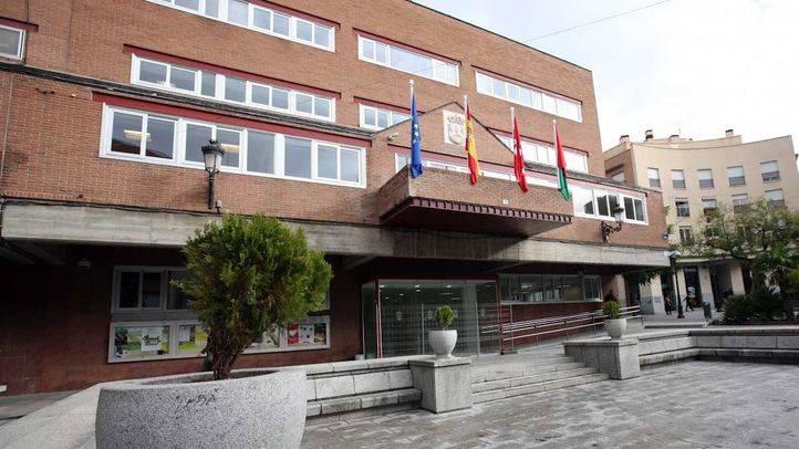El Ayuntamiento de Alcorcón incrementa en un 60% las becas para libros de texto