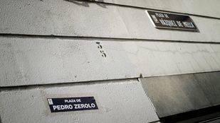 La plaza Vázquez de Mella se llamará Pedro Zerolo y tendrá un monumento al colectivo LGTB