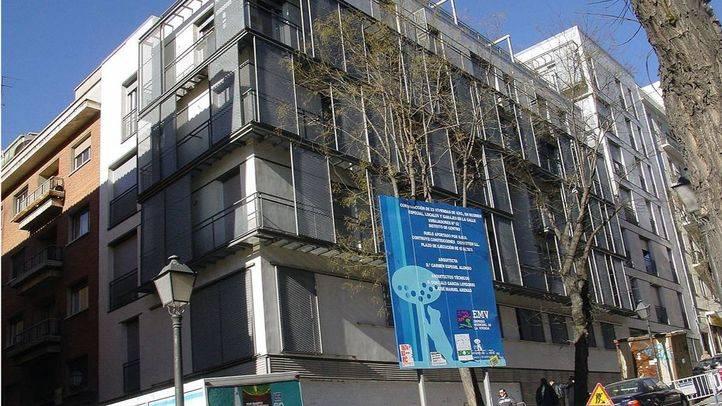 Edificio de viviendas de la EMVS en calle Embajadores.
