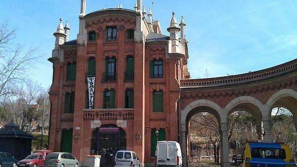 'La Dragona', centro social autogestionado en pleno cementerio de La Almudena