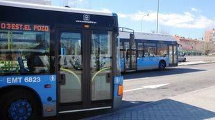 Los usuarios de sillas de ruedas no tendrán que validar su billete en los autobuses