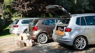 El 47% de los españoles viaja con objetos sueltos dentro del coche