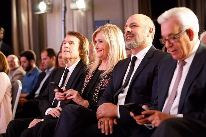 Raphael, Cristina Cifuentes, Roberto Álamo y Jesús Sánchez Martos.