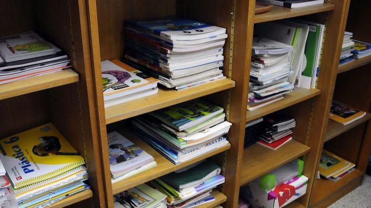 Los alumnos madrileños tendrán los libros de texto gratis a partir del curso 2018/2019
