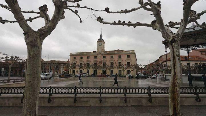 El Ayuntamiento de Alcalá de Henares paraliza el corte del suministro de agua a más de 200 hogares