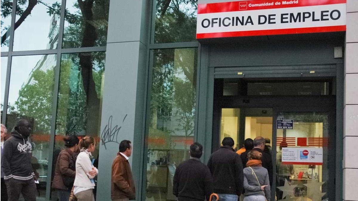 Las medidas del gobierno para impulsar el empleo juvenil for Oficinas de registro de la comunidad de madrid