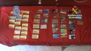 Cae una red dedicada a la falsificación de tarjetas de crédito