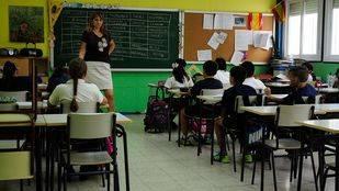 El Gobierno reducirá la ratio en las aulas en 2016 al nivel anterior a los recortes