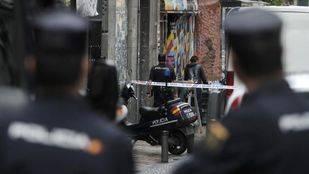 La Policía en la calle Pez por el desalojo del Patio Maravillas
