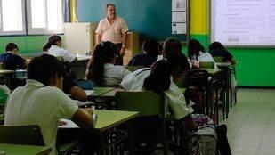 Educación retrasará al curso 2016-2017 la reducción de la ratio de alumnos por clase