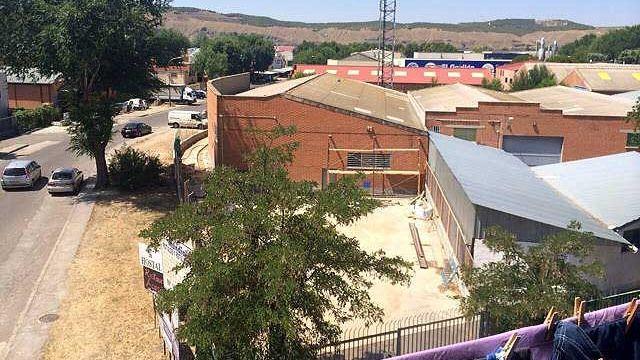Terreno donde se construirá una gasolinera en Velilla de San Antonio