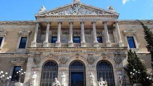 Fachada princcipal de la Biblioteca Nacional.