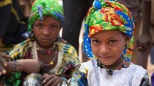 El Corte Inglés colabora con ACNUR para ayudar a las mujeres y niñas refugiadas