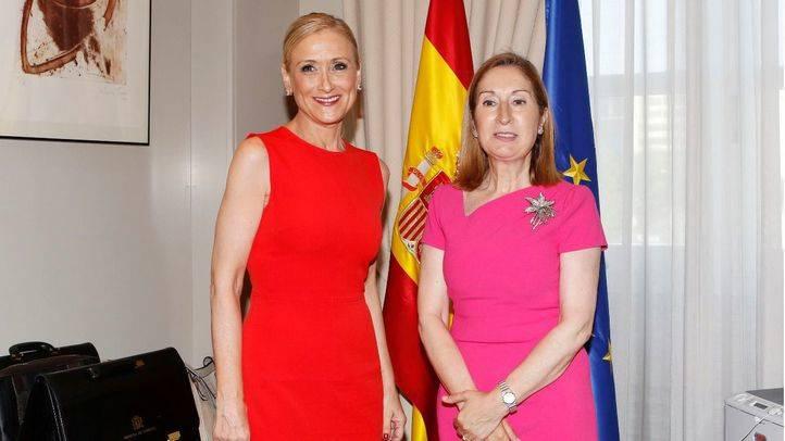 Cristina Cifuentes y Ana Pastor.